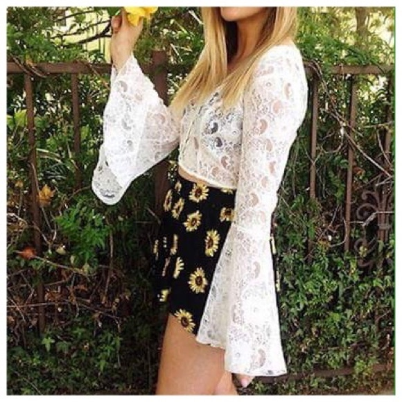 42e75d7e51d4f LF Original Sin White Lace Bell Sleeve Crop Top